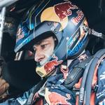 Peugeot v Maroko z (obteženim) dakarskim dirkalnikom, vrača se Carlos Sainz (foto: Peugeot)