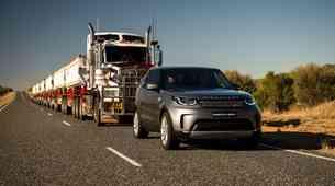 Land Rover Discovery v Avstraliji potegnil 110 ton težko kompozicijo (video)