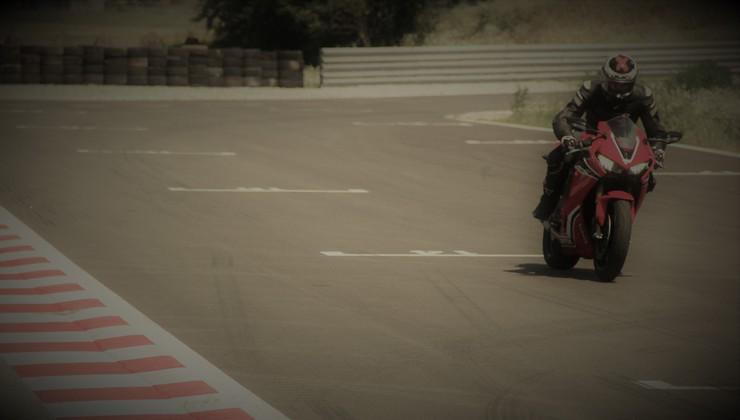 Po poškodbi na superšportni motor – osebna izkušnja s Hondo CBR 1000 RR