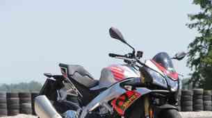 Test: Aprilia Tuono V4 1100 RR, je to res najboljši 'slečen' športnik?
