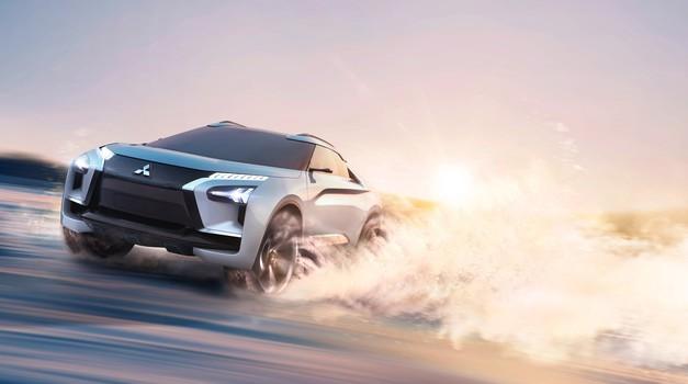 Mitsubishi je pripravil električni EVO s tremi elektromotorji in obilico umetne inteligence (foto: Mitsubishi)
