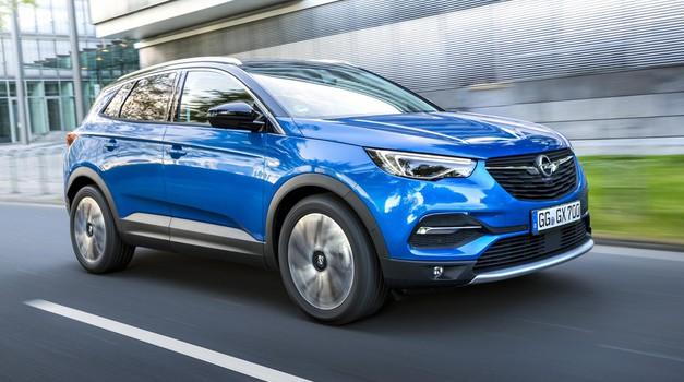 Opel Grandland X dobro skriva sorodstvo (foto: Opel)