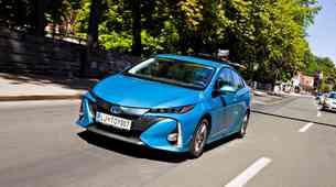 Test: Toyota Prius Plug-in Hybrid 1.8 VVT-i Sol