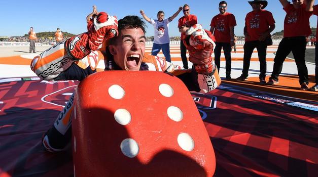 MotoGP, Velika Nagrada Valencie: bili smo tam, kjer je slavil Marquez (foto: Primož Jurman, Dorna)