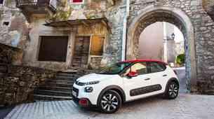 Podaljšani test: Citroën C3 Shine PureTech 110 S&S EAT6