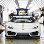 Lamborghini papežu Frančišku podaril nov avtomobil, model Hurracan (foto: Lamborghini)