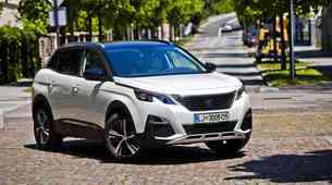 Podaljšani test: Peugeot 3008 1.2 PureTech THP 130 EAT6 Allure
