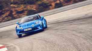 Znana cena športnika Alpine A110: stane 58.500 evrov