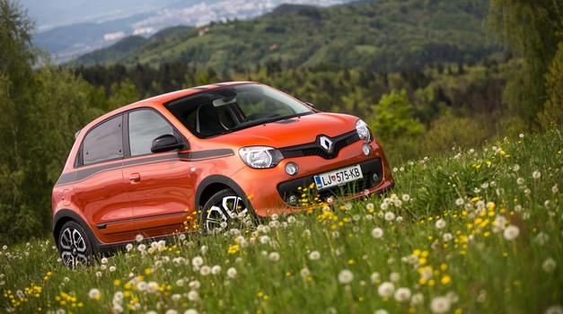 S Tino čez bankino  |  Renault Twingo GT (foto: Uroš Modlic)
