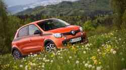 S Tino čez bankino  |  Renault Twingo GT
