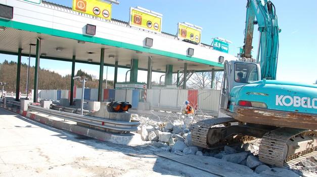 DARS obljublja: Odstranitev (nekaterih) cestninskih postaj na avtocestah še leta 2018 (foto: DARS)