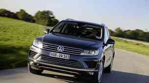 Volkswagen najavil vpoklic Touarega zaradi prekomernih izpušnih plinov