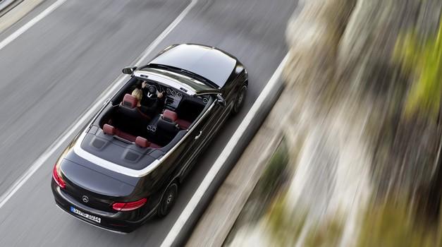 Mercedes je pripravil osvežitev kupeja in kabrioleta razreda C (foto: Daimler)