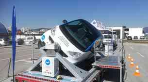 Agencija za varnost v prometu v sklopu terenske akcije uporabe varnostnega pasu predstavila nov simulator