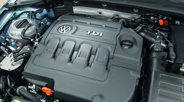 Video: Zračni posnetek parkirišča, na katerem Volkswagen hrani 'umazane' dizle (foto: Volkswagen)