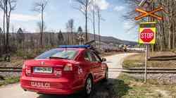 Železniški prehodi v Sloveniji z rešitvijo COPS od zdaj še nekoliko bolj varni