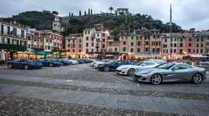 Dvajset Ferrarijev Portofino na poti po Evropi