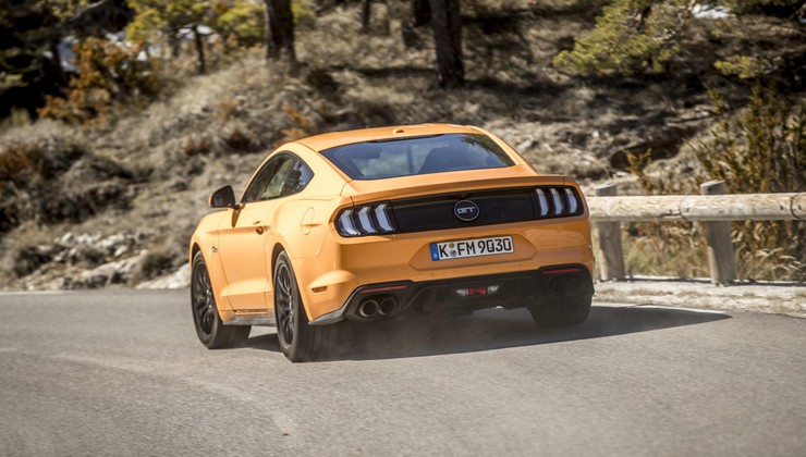 Prišel, videl, zmagal!; vozili smo novega Forda Mustanga