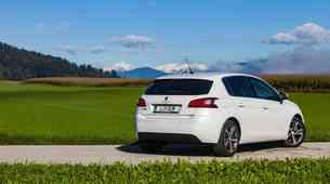 Podaljšani test: Peugeot 308 - 1.2 PureTech 130 Allure