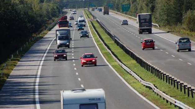 V sredo se začne odstranjevanje cestninskih postaj na slovenskih avtocestah - znane nove podrobnosti (foto: DARS)