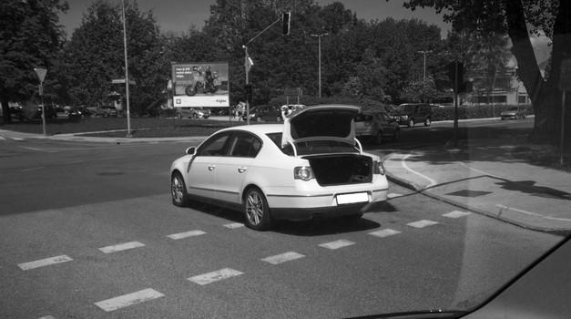 Zakaj dopoldnevi niso najboljši trenutek dneva za vožnjo avtomobila? (foto: Jure Šujica)