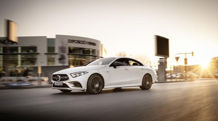 Trojica vozil Mercedes-AMG 53 od danes naprej v Mercedesovi ponudbi (foto: Daimler AG)