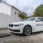 BMW uvaja tehnologijo induktivnega polnjenja električnih avtomobilov (foto: BMW)