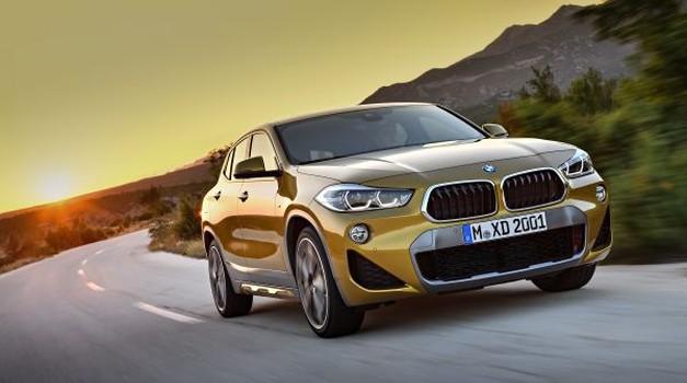 Video: BMW vrgel rokavico Mercedesu (foto: BMW)