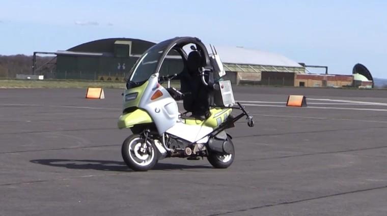 Samovozeči motocikel bo pomagal razvijalcem avtonomnih avtomobilov (foto: Newspress)