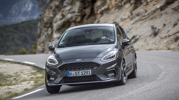 Forda Fieste RS vsaj za zdaj še ne bo (foto: Ford)