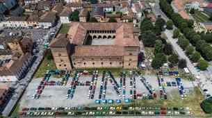 365 Fiatovih Pand za nov svetovni rekord