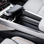 Audi razkril notranjost e-Trona (foto: Audi)
