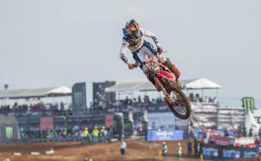 MXGP: Gajser za konec indonezijske turneje odličen drugi, Herlings nadaljeval zmagovalne nastope