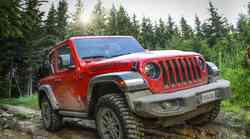 Jeep Wrangler ostaja še naprej pravi terenski bojevnik