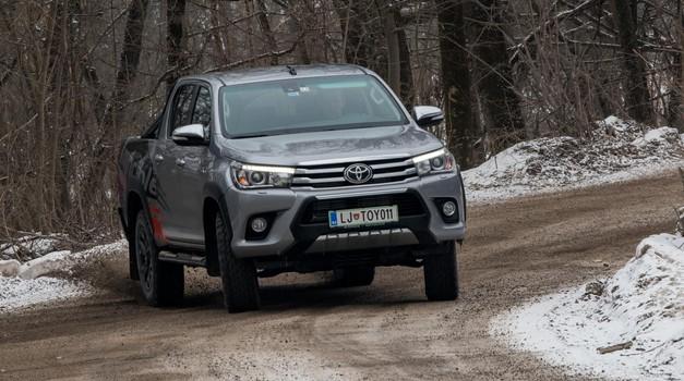 Kratki test: Toyota Hilux Executive Invincible (foto: Saša Kapetanovič)