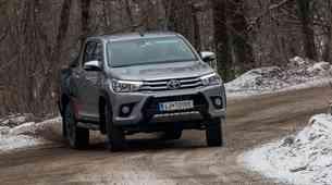 Kratki test: Toyota Hilux Executive Invincible