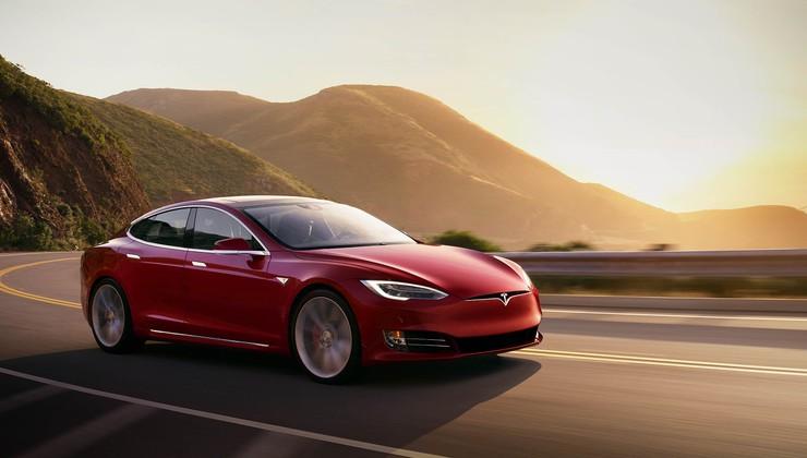 Nemški kupci vozil Tesla morajo vrniti subvencijo za nakup električnih vozil