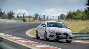 Prihaja tretji član Hyundaijeve športne družine N: Hyundai i30 Fastback N