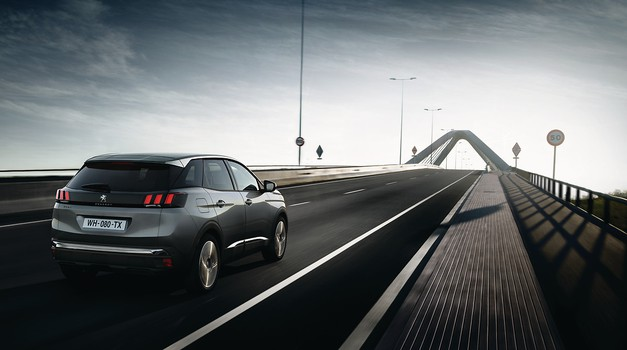 Trg novih avtomobilov v Evropi živ kot še nikoli (foto: Peugeot)