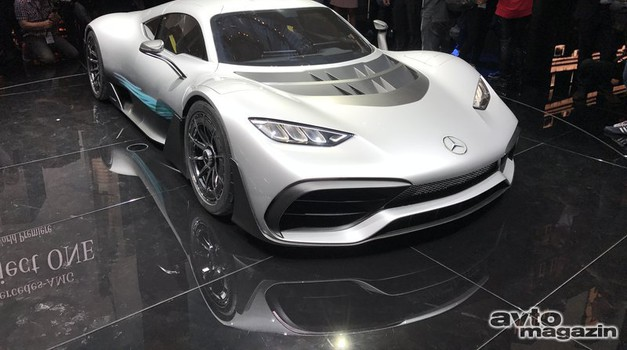 Mercedes prepovedal preprodajanje športnikov Project One (foto: Dušan Lukič)
