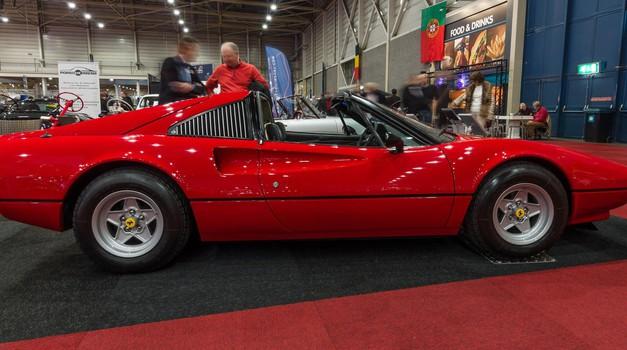 Bo Ferrari obudil 'targa' streho? (foto: Profimedia)