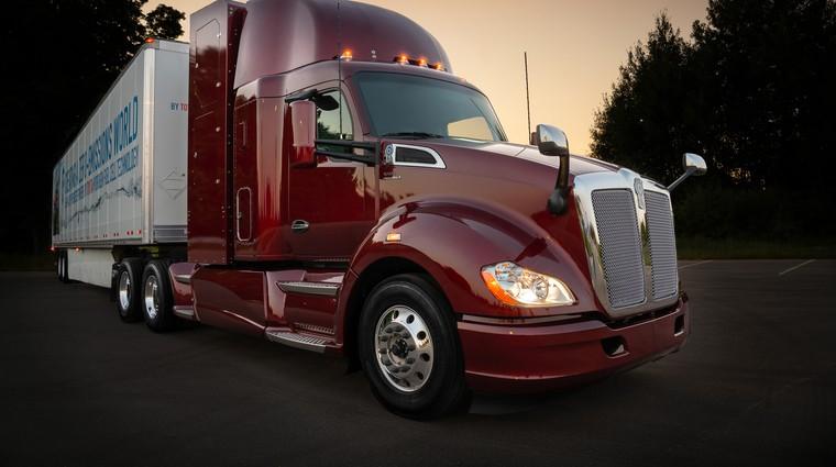 Toyota je predstavila drugo generacijo tovornjaka z gorivnimi celicami (foto: Toyota)