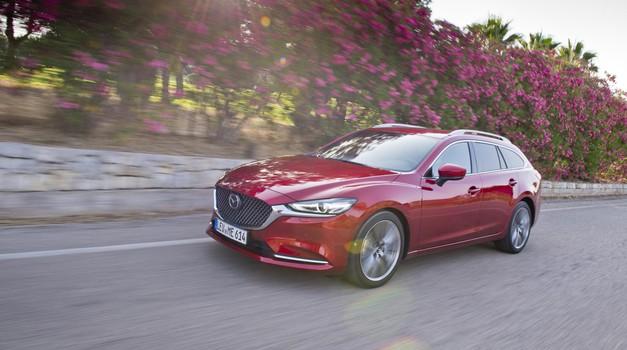 Mazda6: več je več (foto: Mazda)