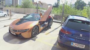 AM interno #47: Leon Cupra ali BMW i8 Roadster?