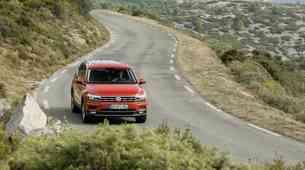 Volkswagen pred vpoklicem 700.000 vozil Touran in Tiguan