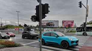 Novi Porsche Macan opažen med snemanjem oglasa v Ljubljani