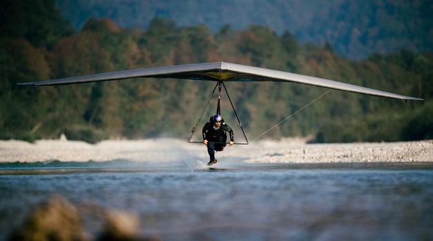 Matjaž Klemenčič, jadralni letalec, ki je Sočo doživel s ptičje perspektive (foto: Red Bull)