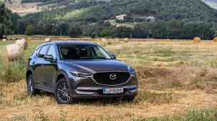Podaljšani test: Mazda CX-5 CD150 AWD - Analogna, a dobra