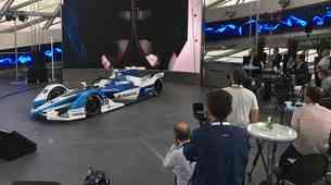 BMW je predstavil električni dirkalnik za peto sezono formule E