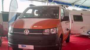 Slovenski bivalnik na osnovi VW Transporterja iz AC Glavan: v prihodnosti jih bodo predelovali roboti
